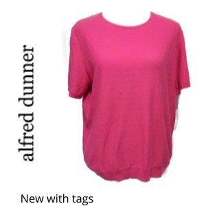 NWT Alfred Dunner Pink Short Sleeve Sweater Medium
